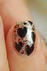 macro balck heart stamped