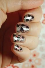 red and black valentine nailart